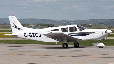 A picture of CGZCJ - Piper PA32260 - [32561] - © Mike MacKinnon