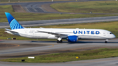 N29978 - Boeing 787-9 Dreamliner - United Airlines