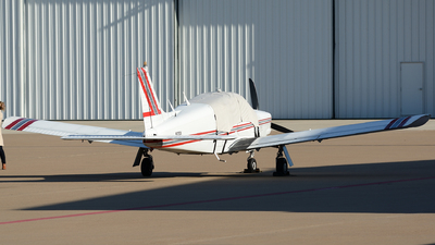 N32524 - Piper PA-28R-200 Cherokee Arrow - Private