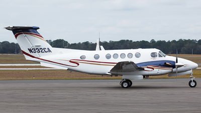 N332CA - Beechcraft 200 Super King Air - Private