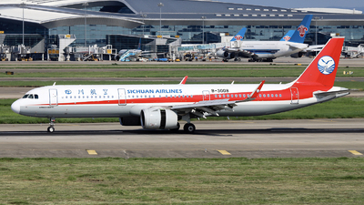 A picture of B30D8 - Airbus A321271N - Sichuan Airlines - © nibrage