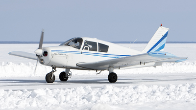 N4678R - Piper PA-28-140 Cherokee - Private