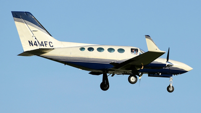 A picture of N414FC - Cessna 414A Chancellor - [414A0039] - © DJ Reed - OPShots Photo Team