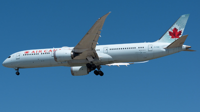 A picture of CFGEI - Boeing 7879 Dreamliner - Air Canada - © Michal Mendyk