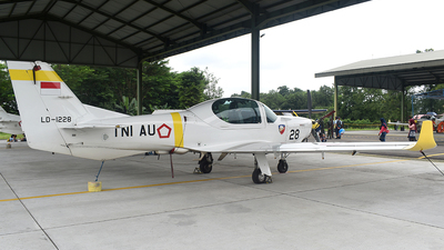 LD-1228 - Grob G120TP - Indonesia - Air Force