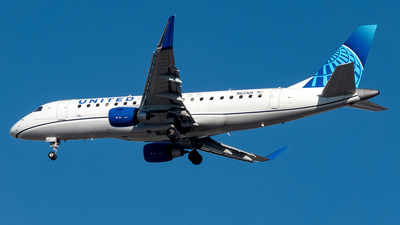 A picture of N621UX - Embraer E175LL - United Airlines - © Yan777