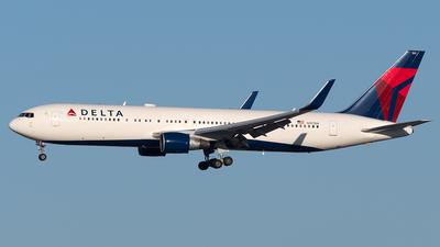N197DN - Boeing 767-332(ER) - Delta Air Lines
