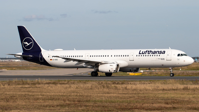 A picture of DAIDC - Airbus A321231 - Lufthansa - © Julian S.
