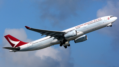 B-LAA - Airbus A330-342 - Cathay Dragon