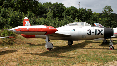 51-10885 - Republic F-84G Thunderjet - France - Air Force