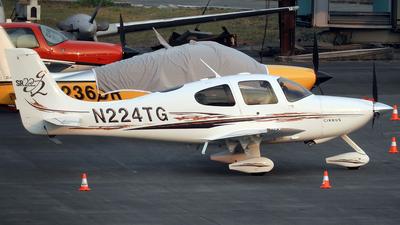 N224TG - Cirrus SR22 - Private