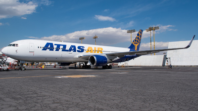 N645GT - Boeing 767-324(ER) - Atlas Air