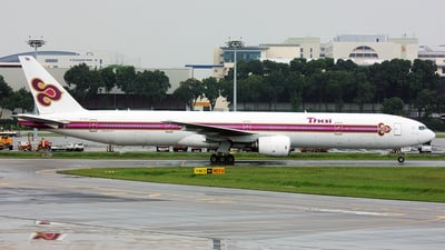 HS-TKB - Boeing 777-3D7 - Thai Airways International