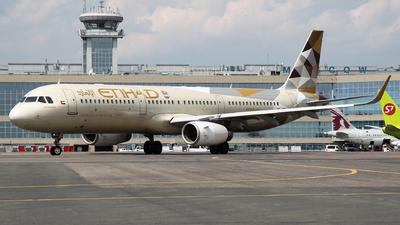 A6-AEE - Airbus A321-231 - Etihad Airways