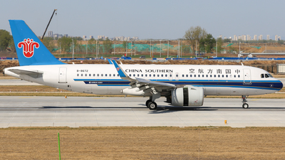 A picture of B8672 - Airbus A320271N - China Southern Airlines - © china_sanmanceo