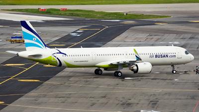 HL8394 - Airbus A321-251NX - Air Busan