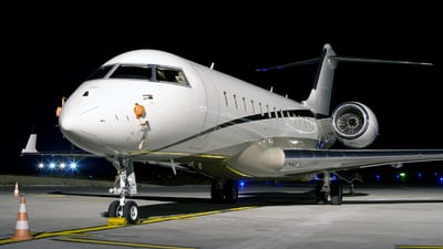 LX-FLY - Bombardier BD-700-1A10 Global Express XRS - Global Jet Luxembourg