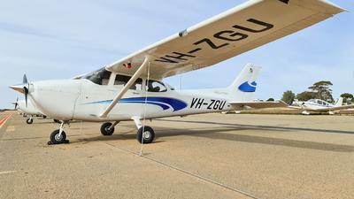 A picture of VHZGU - Cessna 172S Skyhawk SP - [172S12319] - © LIU ZF