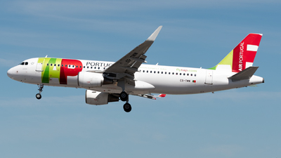 A picture of CSTMW - Airbus A320214 - TAP Air Portugal - © Miguel Viana Trajano