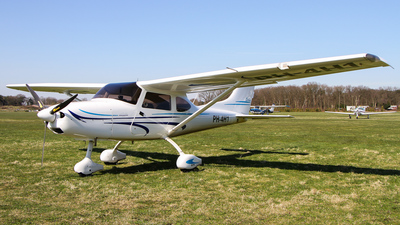 PH-4H1 - TL Ultralight TL-3000 Sirius - Private