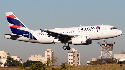 PT-TMD - Airbus A319-132 - LATAM Airlines