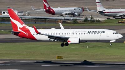 A picture of VHXZO - Boeing 737838 - Qantas - © John Yu