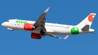 A picture of XAVIA - Airbus A320271N - VivaAerobus - © Luke Ayers