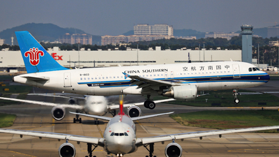 A picture of B1803 - Airbus A320214 - China Southern Airlines - © Fang Xiaoyu