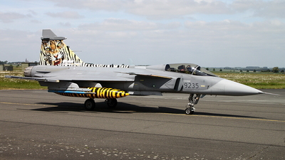 9235 - Saab JAS-39C Gripen - Czech Republic - Air Force