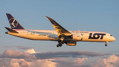 SP-LSF - Boeing 787-9 Dreamliner - LOT Polish Airlines