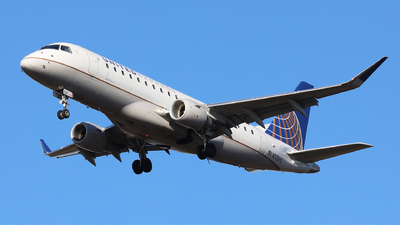 A picture of N725YX - Embraer E175LR - United Airlines - © h.giraff