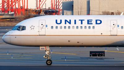 N19141 - Boeing 757-224 - United Airlines