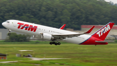 A picture of PTMOA - Boeing 767316(ER) - LATAM Airlines - ©  Tiago Andre De Almeida / Brothers Spotting