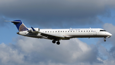 A picture of N513MJ - Mitsubishi CRJ701ER - United Airlines - © DJ Reed - OPShots Photo Team