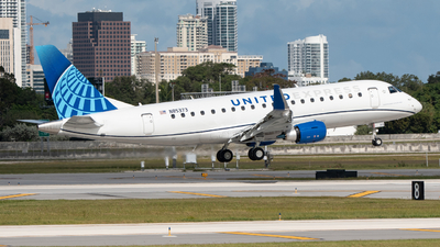 A picture of N85373 - Embraer E175LL - United Airlines - © Matthew Calise