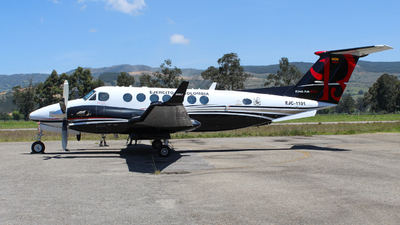 EJC1101 - Beechcraft B300 King Air 350i - Colombia - Army