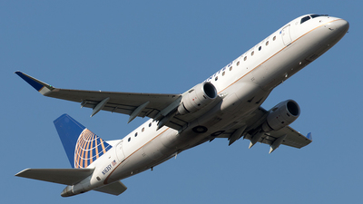 A picture of N163SY - Embraer E175LR - United Airlines - © Yixin Chen