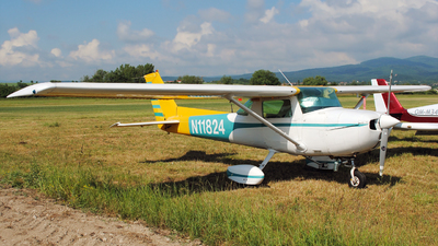 N11824 - Cessna 150L - Private