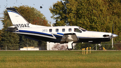 A picture of N850AZ - Socata TBM850 - [384] - © Zihaoo W & Donny H Photography