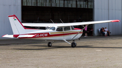 HA-HCW - Reims-Cessna F172N Skyhawk II - Private