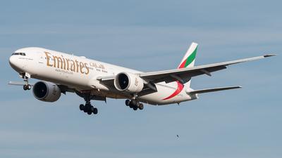 A6-EGL - Boeing 777-31HER - Emirates