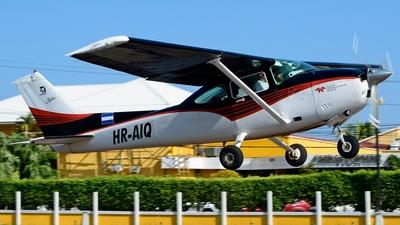 HR-AIQ - Cessna 182R Skylane - Private