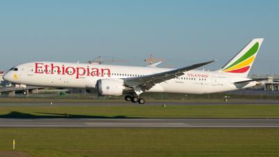 A picture of ETAXL - Boeing 7879 Dreamliner - Ethiopian Airlines - © Adam Lanzen