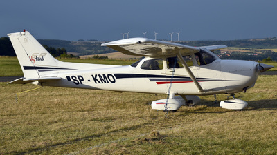SP-KMO - Cessna 172S Skyhawk SP - Private