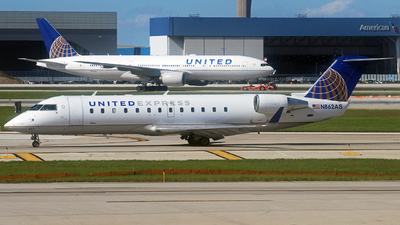 A picture of N862AS - Mitsubishi CRJ200LR - United Airlines - © Marcin Tarnowski