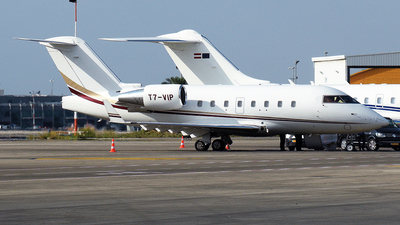 T7-VIP - Bombardier CL-600-2B16 Challenger 604 - Private