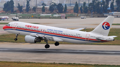 B-6001 - Airbus A320-214 - China Eastern Airlines