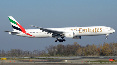 A6-ECJ - Boeing 777-31HER - Emirates