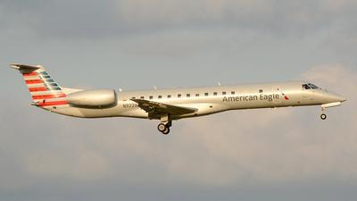 N922AE - Embraer ERJ-145LR - American Eagle (Envoy Air)