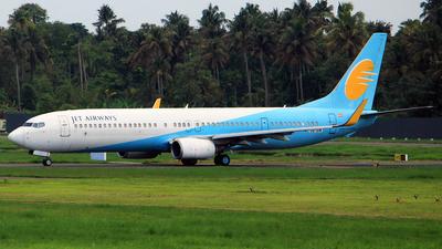 OE-IDW - Boeing 737-96NER - Jet Airways